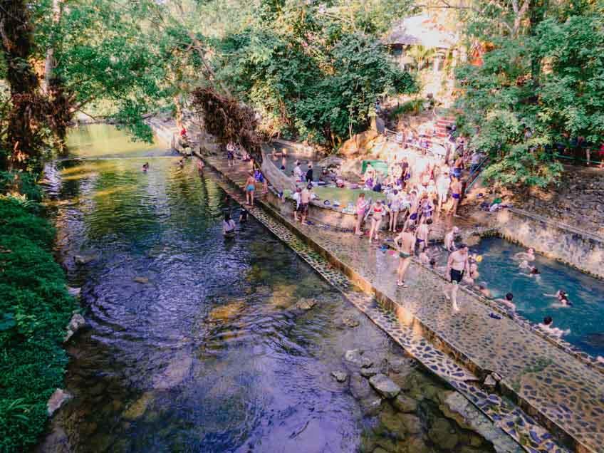 ออนเซ็น เมืองไทย น้ำพุร้อนหินดาด