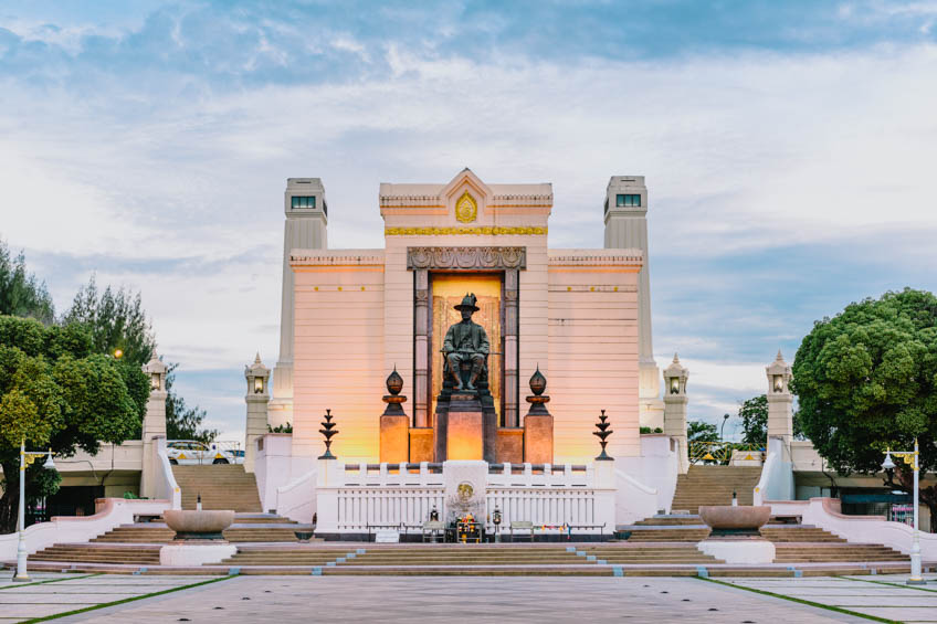 สะพานพุทธ พระบรมราชานุสาวรีย์ ปฐมบรมราชานุสรณ์