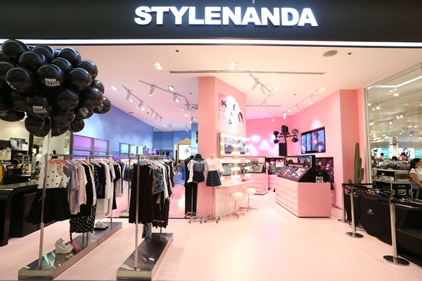 เปิดแล้ว! STYLENANDA สาขาใหม่ ที่พารากอน ดีพาร์ทเม้นท์สโตร์