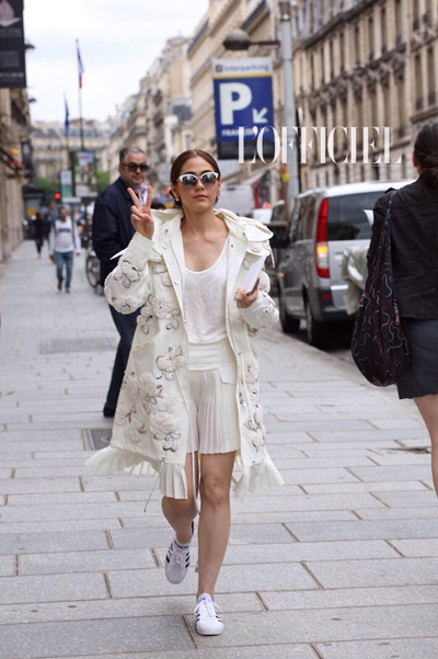 12.ชมพู่-อารยา ก่อนชมแฟชั่นโชว์แบรนด์ Dior.
