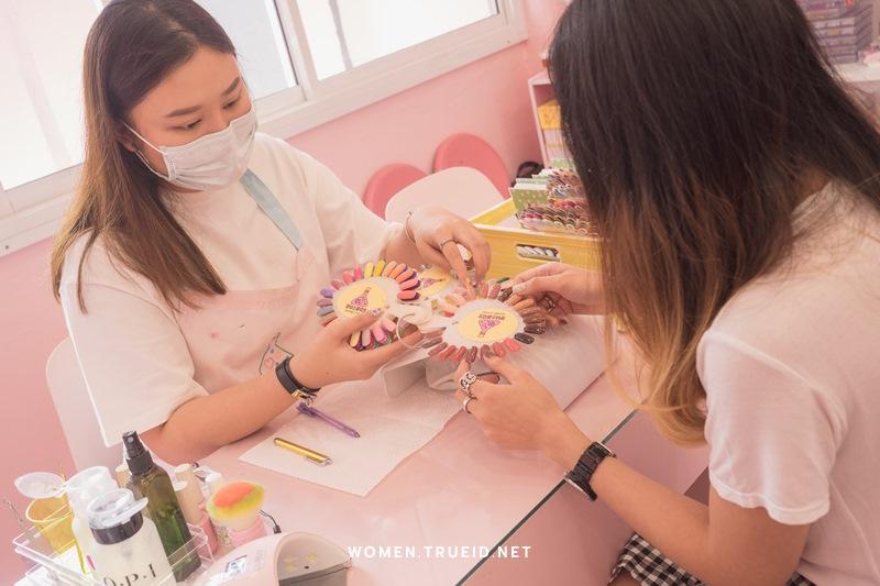 FASHION REVIEW : เอาใจสายหวาน พาไปช้อปเสื้อผ้าสไตล์เกาหลี ที่ Cintage School สยามสแควร์ ซอย 10!