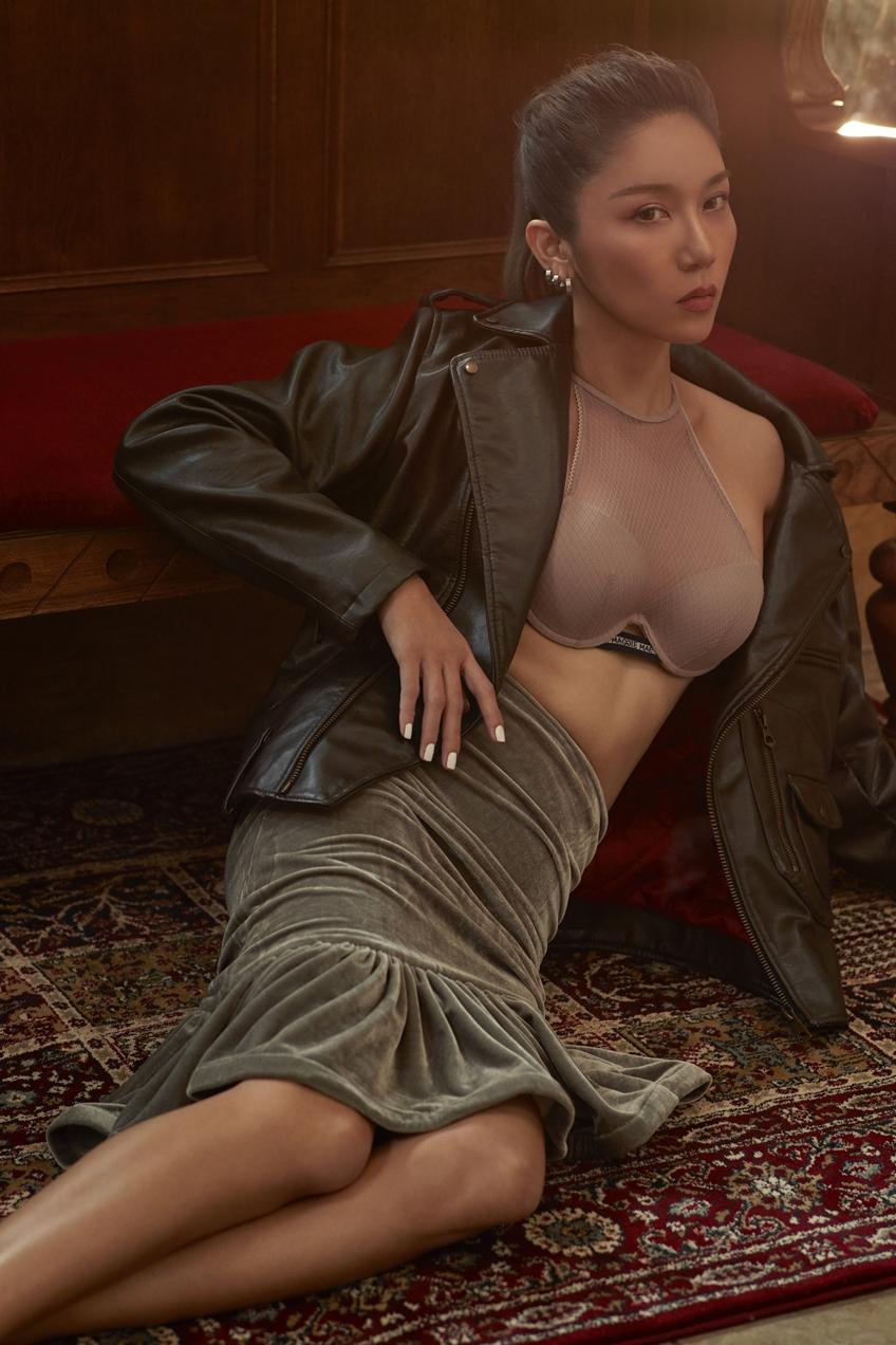ลองเจอเรย์ ซาลอน ชวนสาวๆ ช้อปชุดชั้นใน กับโปรร้อนแรงที่สุดแห่งปี ชุดชั้นในทั้งแผนก ลด 50%