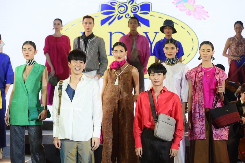 เปิดแล้ว! NaRaYa Flagship Store และ NaRaYa Tea Room แห่งแรกในไทย ณ ไอคอนสยาม