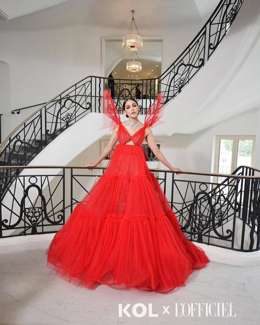 ชมพู่ อารยา ปิดพรมแดงเมืองคานส์ 2019 ด้วยชุดสีแดงแซ่บๆ จาก Jean Paul Gaultier