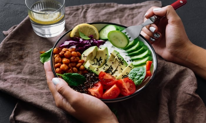โรคคลั่งกินคลีน (orthorexia) ภาวะที่คนรักอาหารสุขภาพต้องระวัง