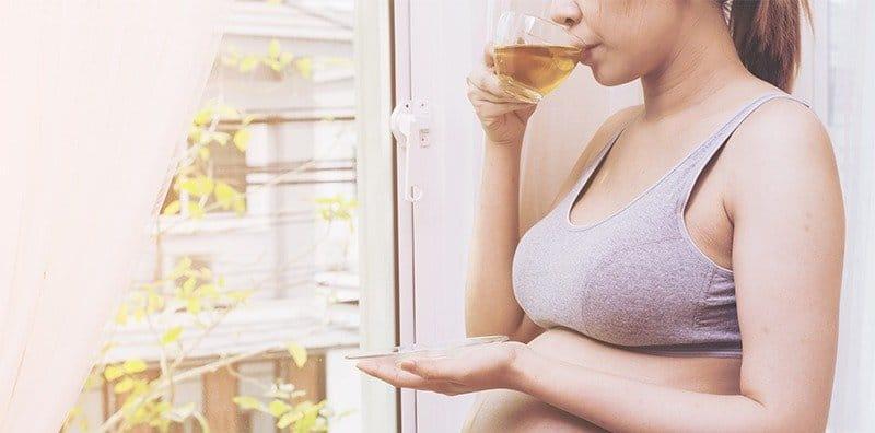 14 ชาที่แม่ท้องกินได้ คนท้องกินชาได้มั้ย กินชาอะไรได้บ้าง ห้ามกินชาอะไรบ้าง