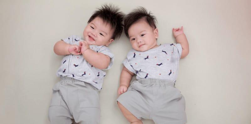 10 ข้อดีของการมีลูกแฝด ลูกแฝดเจ๋งยังไง มาดูเหตุผลกันเถอะ