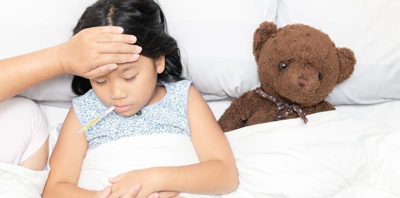 10 โรคหน้าฝนในเด็ก 2020 โรคหน้าฝนสุดฮิตที่เด็กมักเป็น คุณพ่อคุณแม่ต้องระวัง